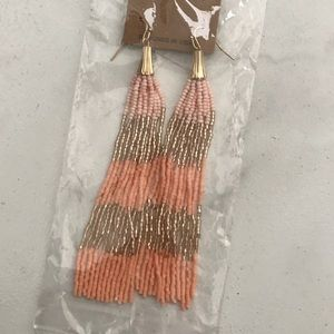 Jewelry - Re-posh earrings, NEW.